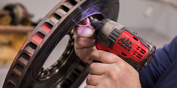 Mac Tools Introduces New Cordless Brushless Impact Wrench And Driver